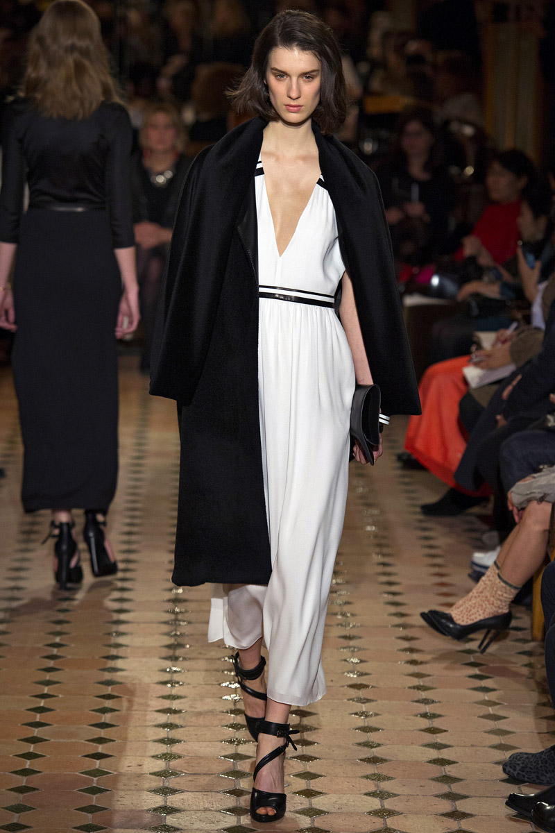 hermes-rtw-fw2013-runway-34_170309273014