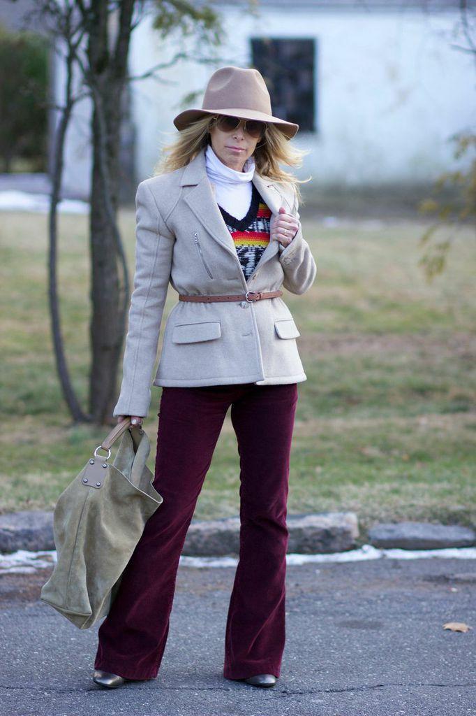 hip-hugger pants, floppy hat